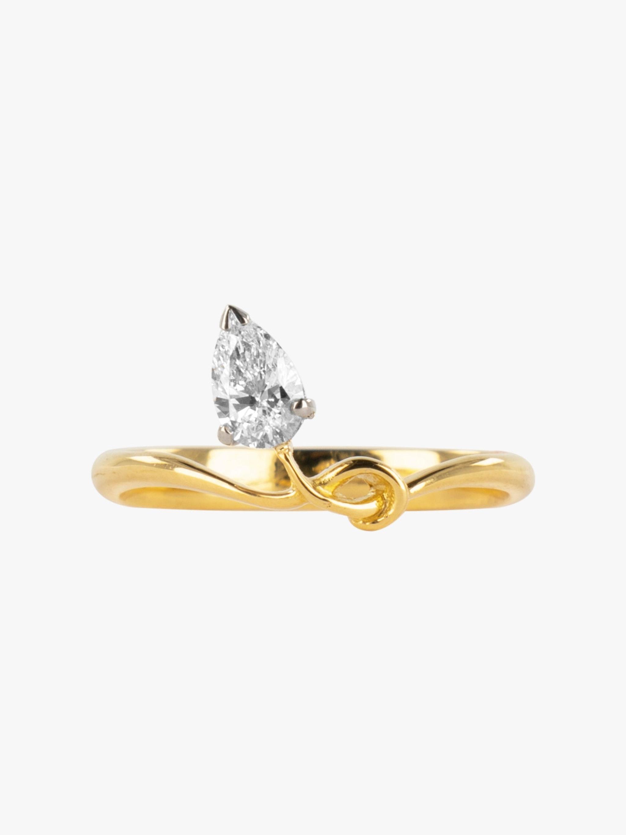 Sculptural pear diamond ring photo 1