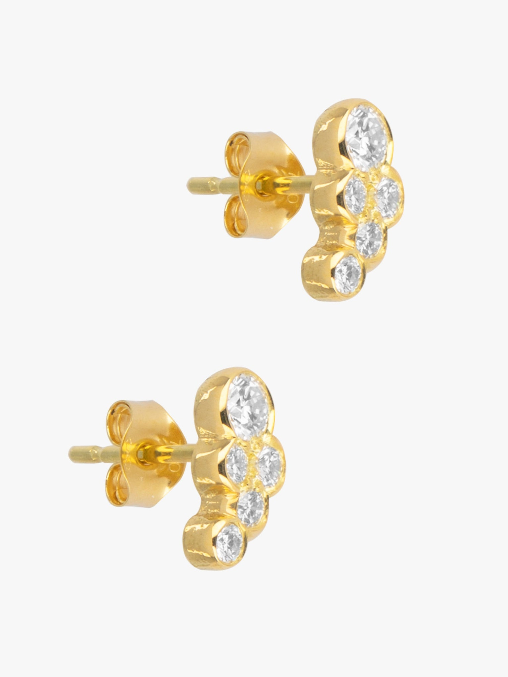 Diamond scallop studs photo 2