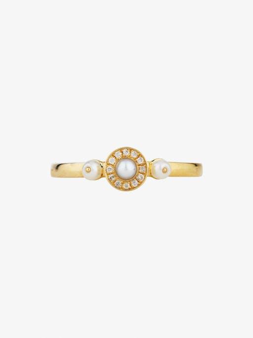 Mignonne diamond and pearl ring photo