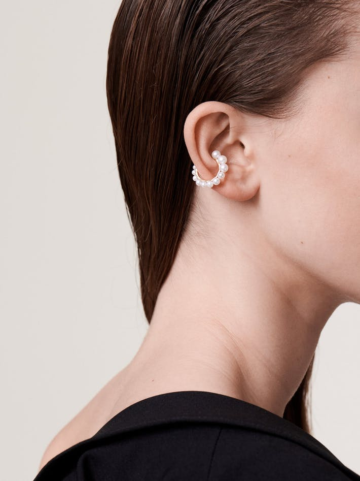 Pearl and gold ear cuff