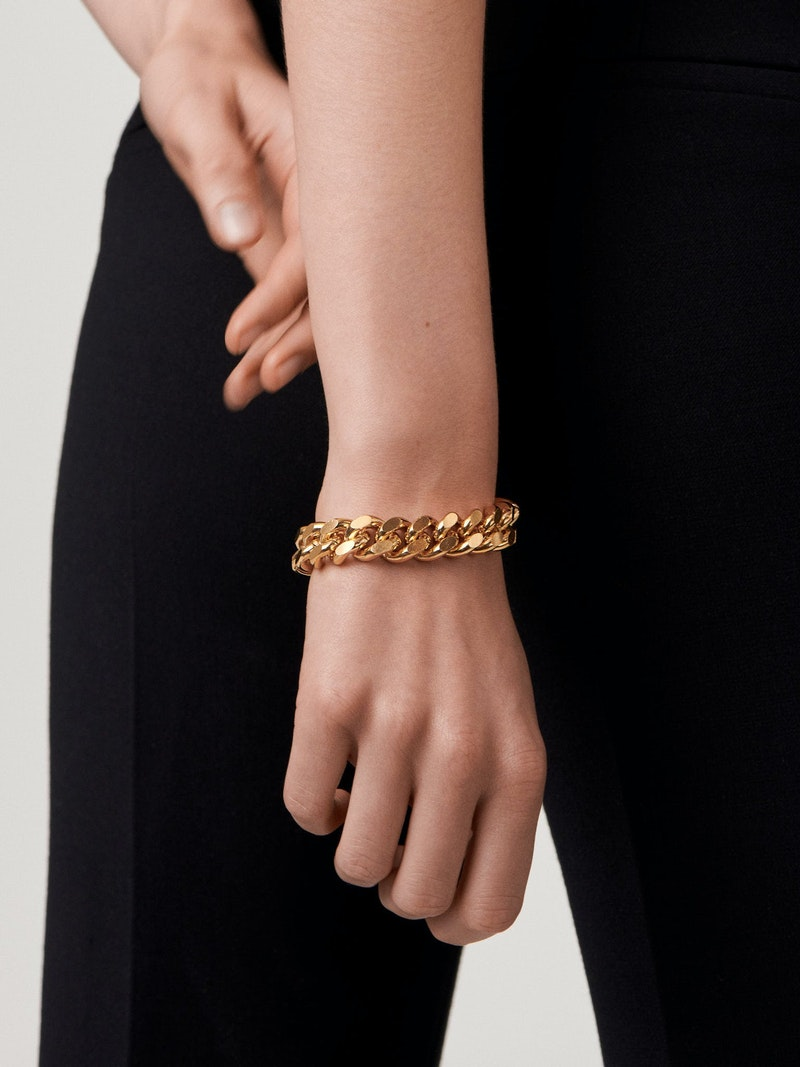 Chunky chain bracelet on wrist